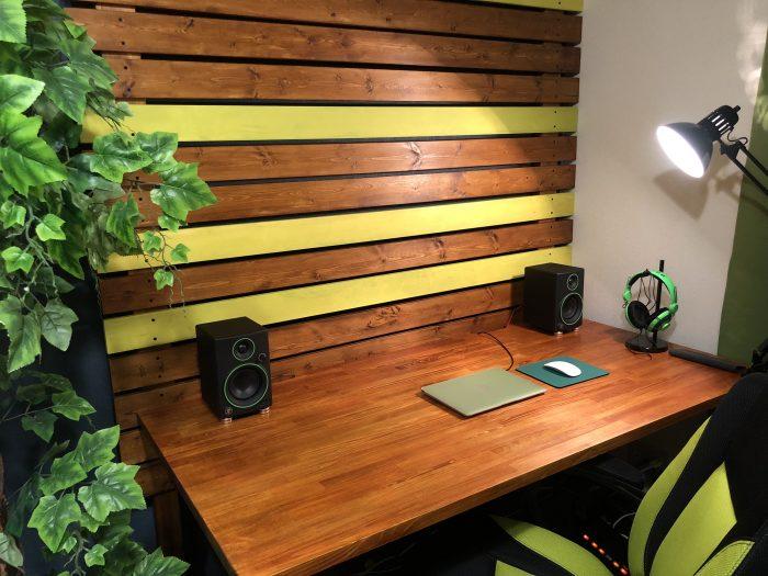 【賃貸DIY】『ラブリコ』で木の壁をDIY!!賃貸でも壁を傷つけずに棚の取り付けが可能になる!!