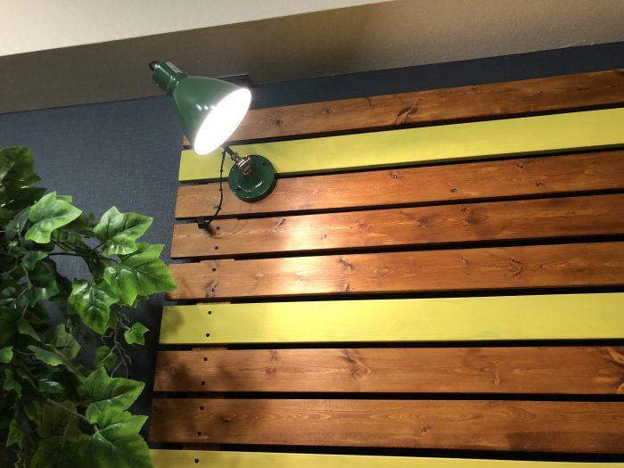 【DIY】デスクの照明は壁掛けの『ウォールライト』がおすすめ!!アンティーク風でおしゃれだぞ!
