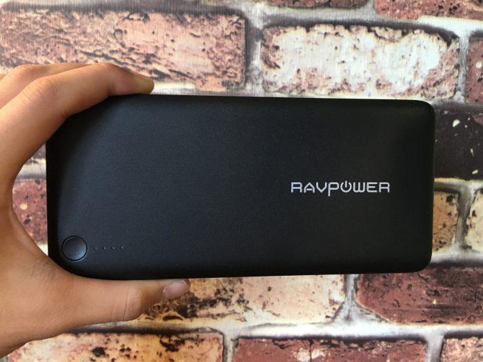 【レビュー】MacBook12インチも充電できる大容量モバイルバッテリー『RAVPower 20100mAh クイックチャージ モバイルバッテリー』を購入!!